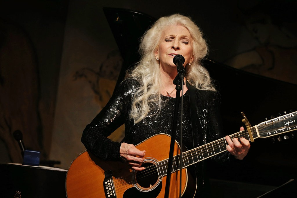 Judy Collins performing in 2012. Photo Michelle V. Agins